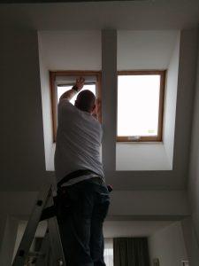 Rolety do střešního okna 2:2